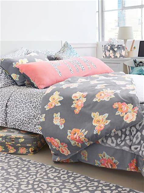 coverlet vs duvet cover dorm decorating ideas light teal pink and comforter