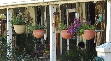 Pot Anggrek Gantung tanaman pot gantung untuk halaman rumah yang sempit