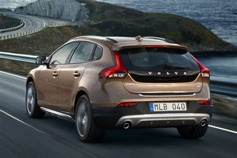 volvo hatchback 2016 new volvo v40 cross country hatchback 2016 prices and