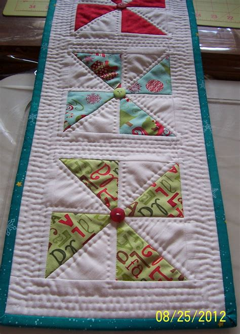 table runner quilt patterns colleen s quilting journey free pattern