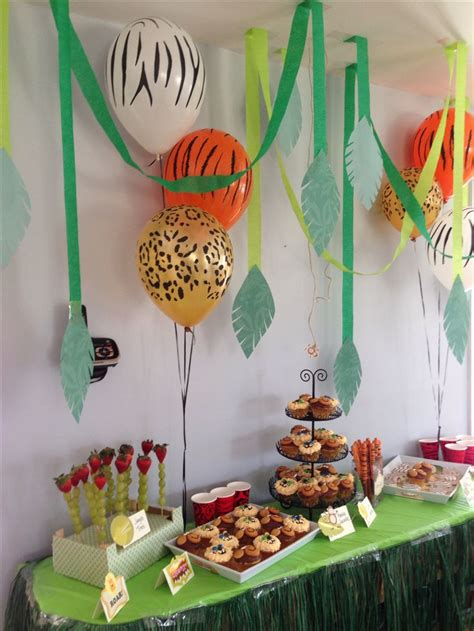 party decor ideas on pinterest dessert tables waffle lion tiger zebra and monkeys at the jungle dessert table