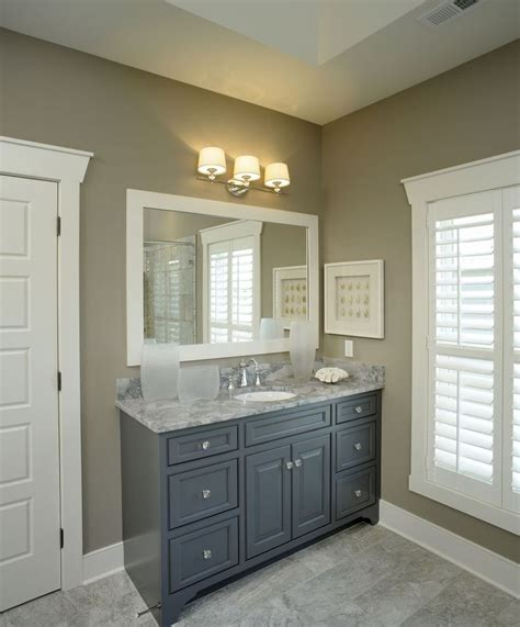Grey Bathroom Vanity Cabinet Best 25 Gray Bathroom Vanities Ideas On Pinterest Grey Bathroom Cabinets Master Bath And