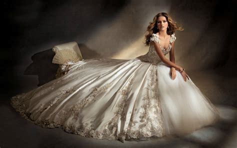 HOT SALE Bridal Gown&Wedding Dress Weddingdressonlinestore.com