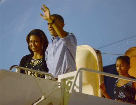 merry christmas obama and family hawaii from hawaii obamas thank troops and offer wishes cbs news