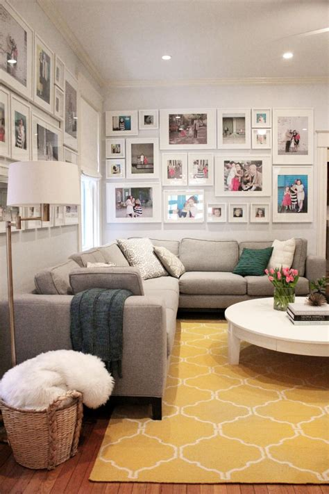wohnzimmerwand design designer tips for cozying up your living room hgtv