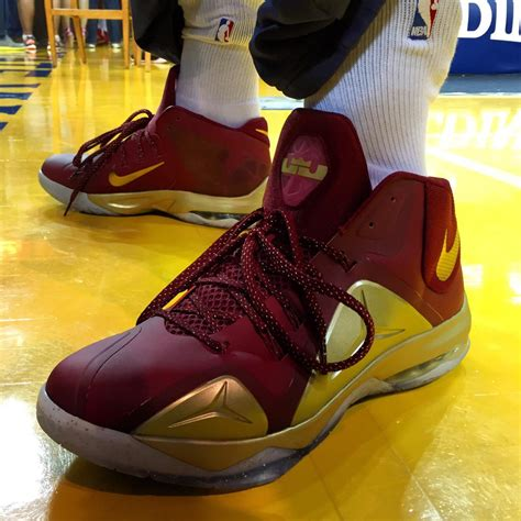 jr smith cleveland cavaliers shoes solewatch jr smith gears up for the finals in nike