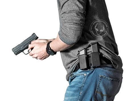 most comfortable way to carry concealed alien gear holsters unleashes game changing cloak mag