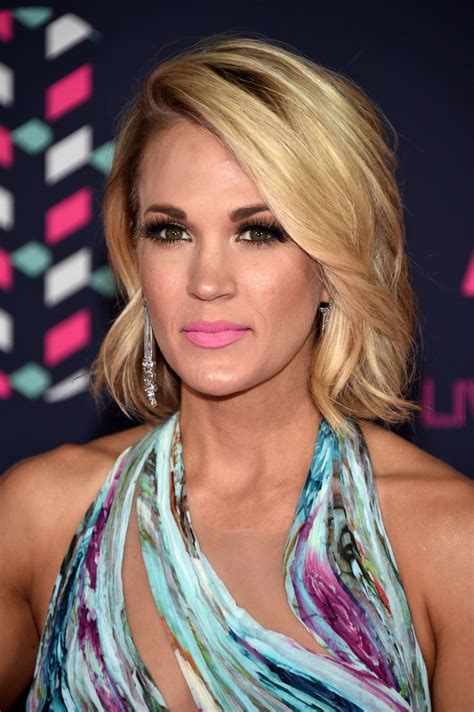 cmt hairstyles carrie underwood 2016 cmt music awards in nashville