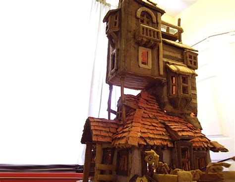 harry potter home woman makes harry potter house out of gingerbread