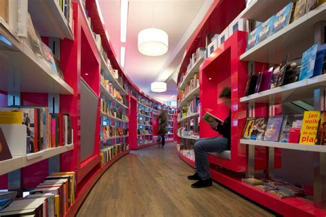 bookstore layout paagman book store by cube architects karmatrendz