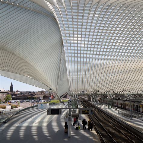 liege station calatrava s li 232 ge guillemins station in new photographs by
