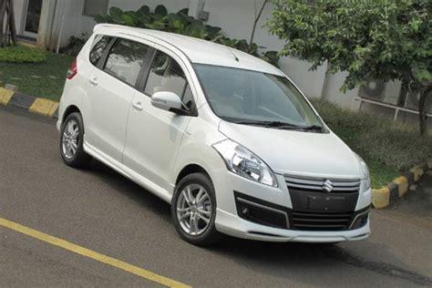 As Roda Belakang Toyota Avanza komparasi avanza mobilio dan ertiga otosentrum