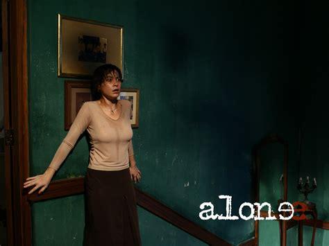 film thailand alone wallpaper del film thailandese alone 171269 movieplayer it