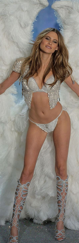 she s no angel victoria secret s behati prinsloo rocks 230 best 2014 victoria s secret fashion show images on