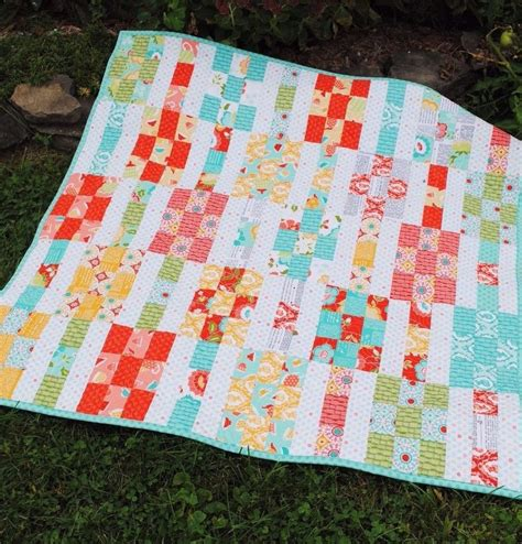 Easy Quilt Patterns Using Quarters by Patchwork Quilt Pattern Layer Cake Or Quarters Simple