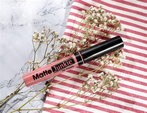 Lipstick Silkygirl Matte Junkie review silkygirl matte junkie lip 02