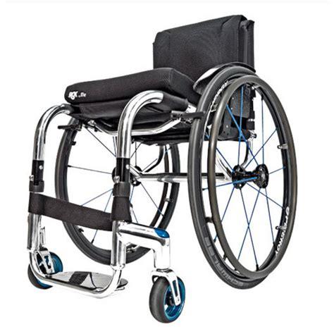 prix fauteuil roulant manuel fauteuil roulant manuel l 233 ger rgk tiga fx sofamed