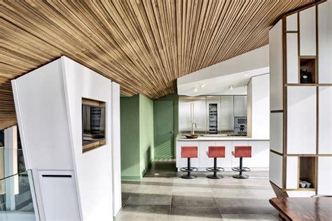 rivestimento soffitto in legno 8 idee per il soffitto di casa hellohome it