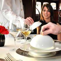 cuisine d饕utant haute cuisine sur seine avec les yachts de