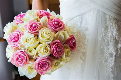 wedding flowers a pick of the best wedding bouquets matthew rycraft
