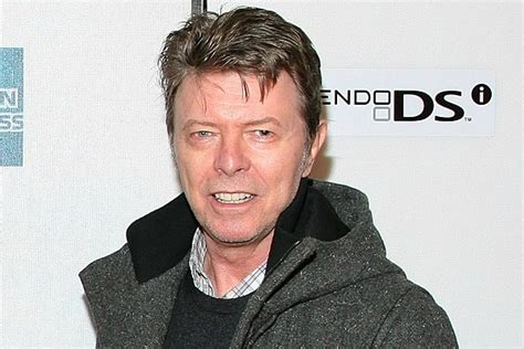 u2 fan presale david bowie museum exhibit sets ticket presale record