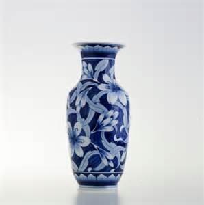 narai phand ceramic vase in flower design