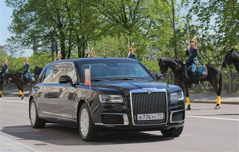 New Limo by What We About President Putin S New Limo Photos