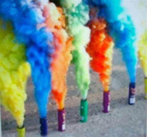 color bombs colored smoke bombs www pixshark images galleries