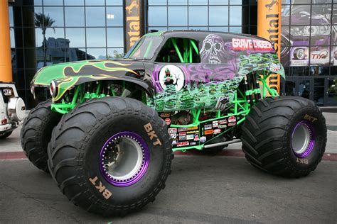 grave digger truck for sale 2014 sema gallery the 75 cars