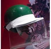 Mike Hawthorn Helmet With Rain Visor Museo Ferrari