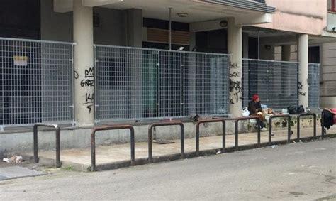 Banca Della Cania Aversa by Aversa Passanti Aggrediti Violenza Contro Un Minore E