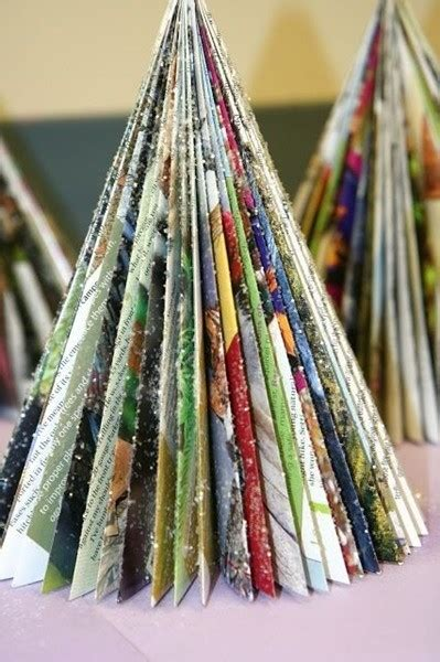 arboles de navidad hechos con revistas 193 rboles de navidad ecoalternativos decoraci 243 n navide 241 a