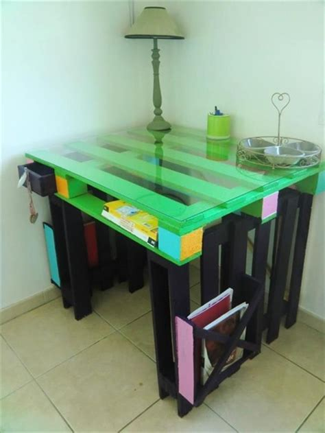 design ideas with pallets pallet table