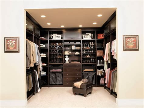 master bedroom walk in closet with washer dryer home design ideas