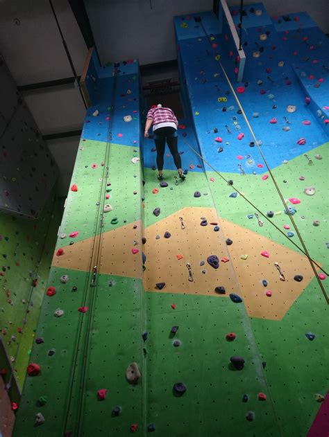 indoor wall climbing shoes do something different indoor climbing for beginners