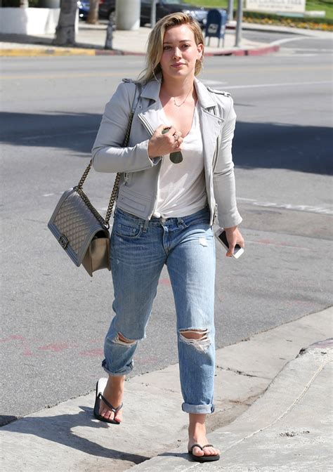 Hilary Duffs Michael Kors Bag by 35 Pics That Illustrate Hilary Duff S Seemingly Endless