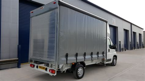 curtain vans for sale citroen relay curtain sider 14 0ft 35l3 2 0bluehdi 130ps euro 6 lonsdale commercials