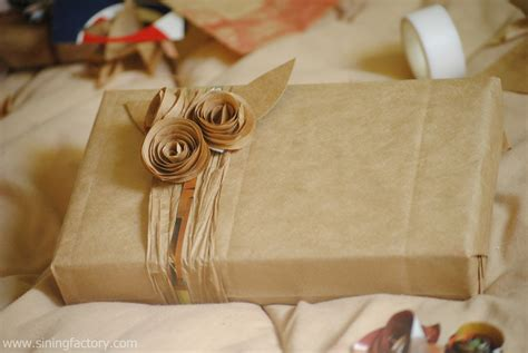 brown paper bag gift wrap how to recycle brown paper bags for gift wrapping sining