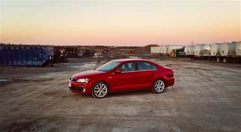 volkswagen gli 2014 2014 volkswagen jetta gli edition 30 review it s not a