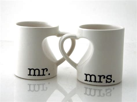 Wedding Anniversary Gifts For Couples by Mr Mrs Mug Set For Couples And Groom Wedding