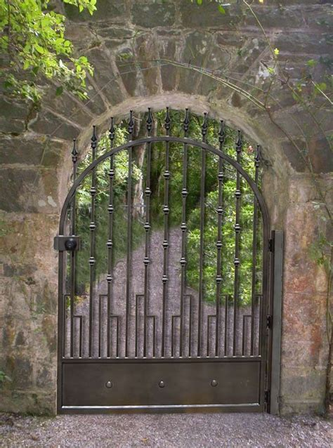 Iron Garden Gates by 95 Best Images About Gates On Entry Gates