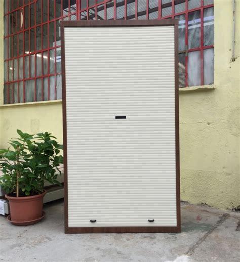 armadi metallici da esterno armadio a serrandina in lamiera alto manufatti