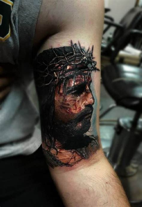 crown of thorns tattoo portrait of jesus crown of thorns ideas