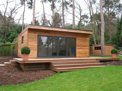 Garden Rooms Ideas Garden Room Design Cincinnati 2688x1520 Thehomestyle Co Simple Rooms Loversiq