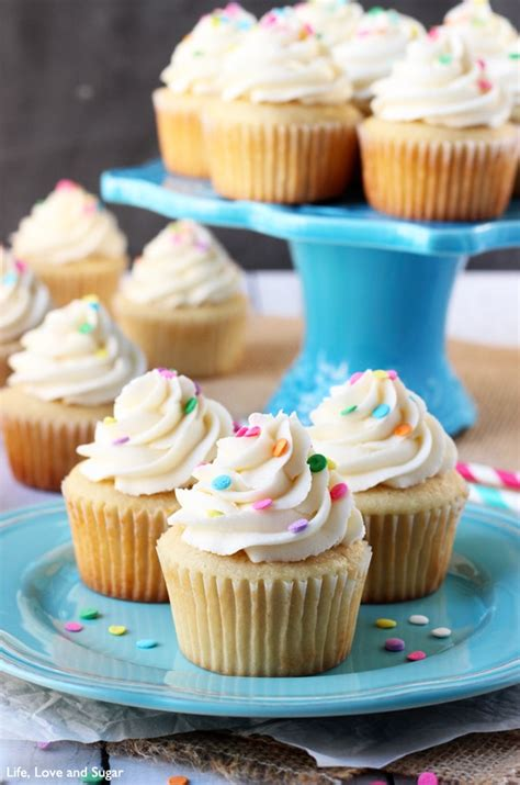 cupcake recipe moist and fluffy vanilla cupcakes and