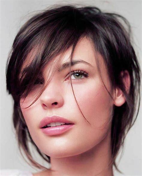 coupe pour femme coiffure femme yeux vert