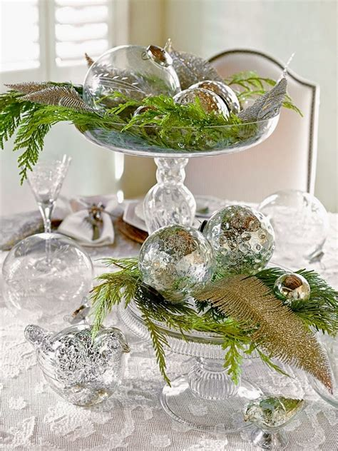 green silver for christmas 20 ideas for a fabulous table decoration in silver and green