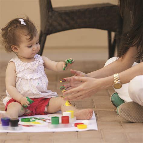 Empeng Buah Untuk Anak Balita tangan bayi masuk ke mulut