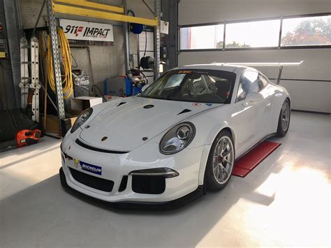 Porsche Racing Team by 911 Impact Racing Team Occasions