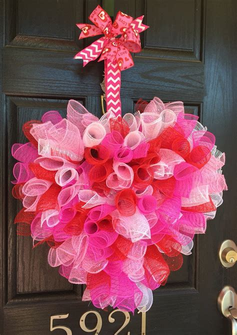 valentines day wreath 15 striking wreath ideas for s day